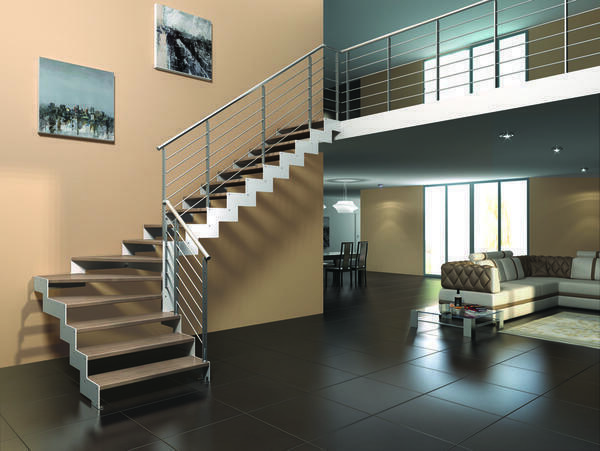 Metal staircase in a country house - the construction is very reliable