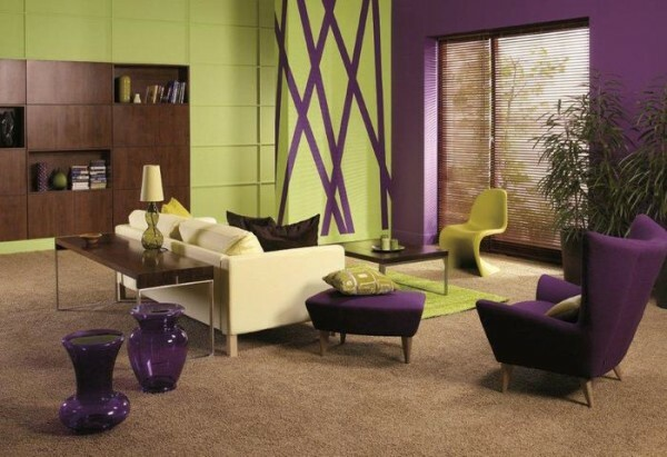Do you want to own hands to create a bright interior? Choose complementary colors.