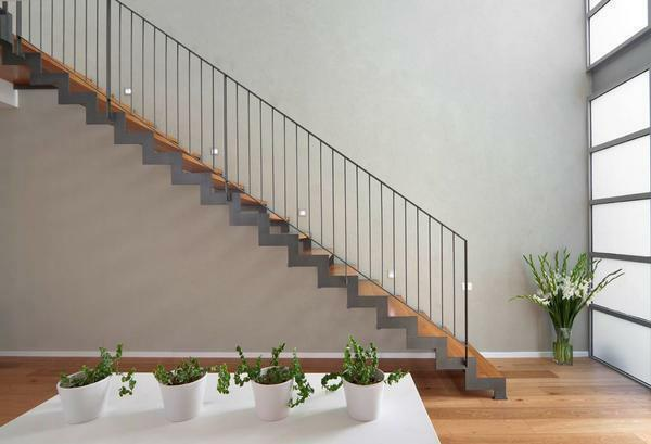 Baluster for stairs: cast-iron and forged, photo of metal, distance between iron, height and views, carved under stairs