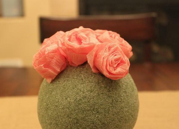 Topiary made of corrugated paper: with your own hands, from flowers, how to make a ball of corrugated paper, master class from color, photo and video