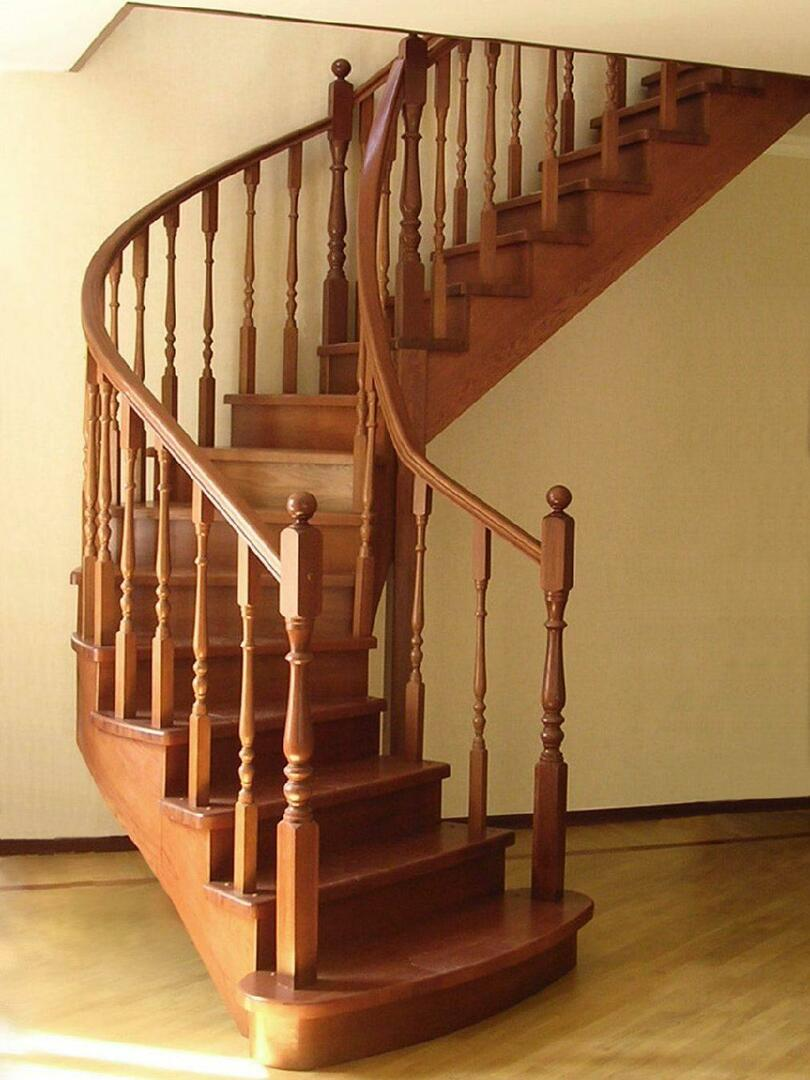 Correctly selected model of the stairs to the second floor is your safety