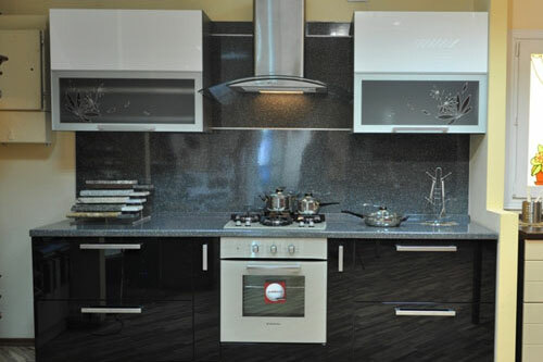 Design a small kitchen with a gas stove