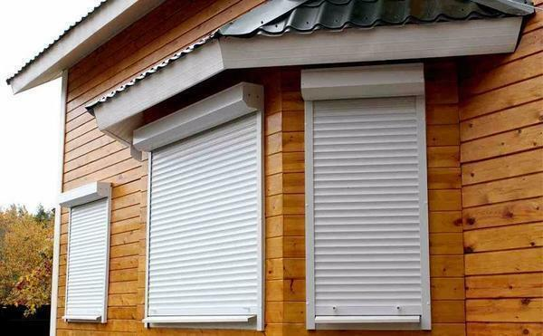 The shutters can be made of different materials