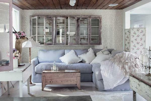 The style of Provence is quite versatile, so it is perfect for decorating any room
