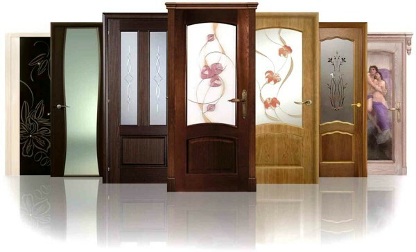 Examples of interior wooden doors with glass inserts