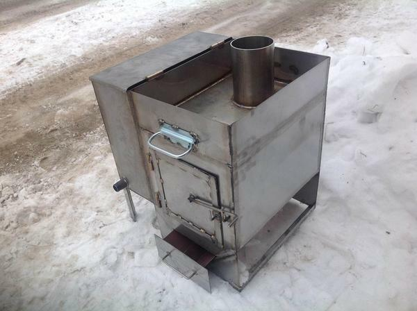 For an oil stove, it is better to choose metal sheets thicker