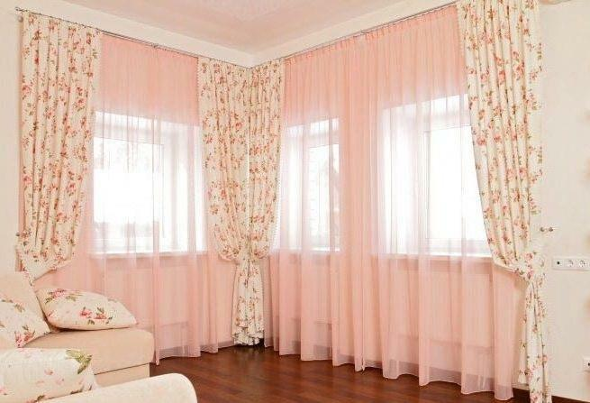 Corner curtains: cornices in the room, design of the living room with two and three windows, photo, curtains in the floor in the interior
