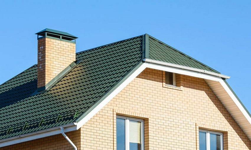 Roof for a private home. Types of roofs structures