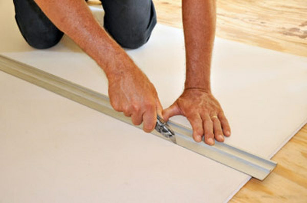Alignment of plasterboard walls without frame: video-installation instructions with their hands, how to align the price, photo