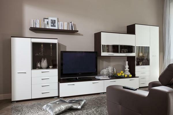 White living room furniture: glossy in the interior, design and photo in the hall, cabinet black and white, inexpensive varnish from Belarus