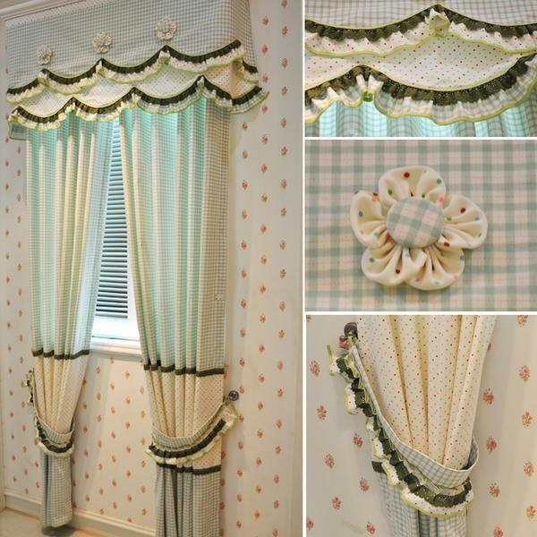 Decorate the finished curtain can be lambrequins and pickings