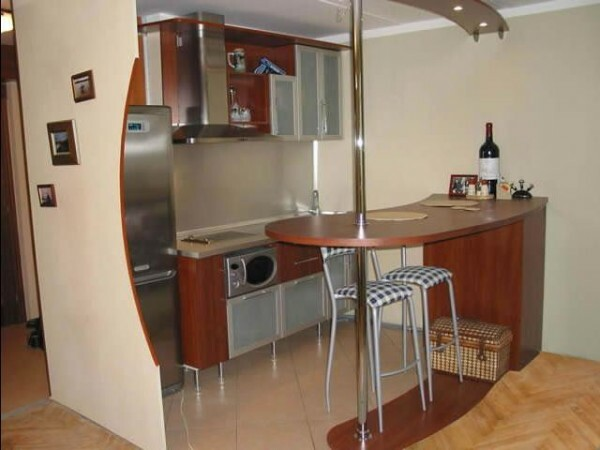 Design kitchen with breakfast bar: the interior of a small, corner room, and other video and photo