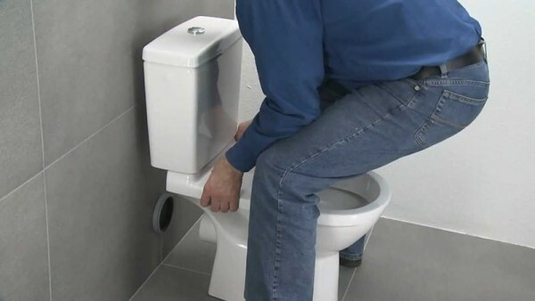 Adhesive installation method the toilet is also possible with the help of formulation