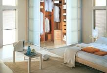 4-wardrobe-with-sliding-doors