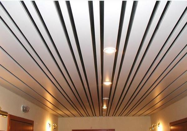 Roof ceilings have a mirror-reflecting effect, which allows you to visually expand the room in 2 times
