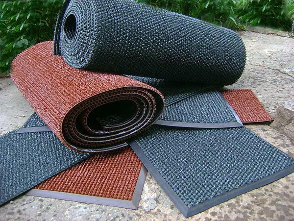 The mat on the rubber base is the most environmentally friendly, durable and durable