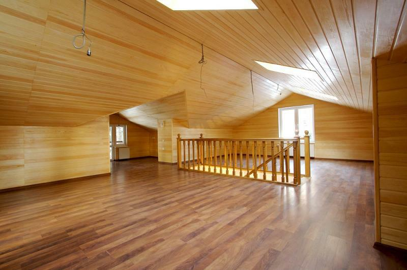 Interior design of wooden houses: the idea of ​​finishing rooms of private housing from a bar