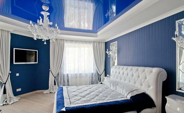 Blue Bedroom: Tones and colors, white furniture, interior photo, gray design, dark wallpaper style, green curtains